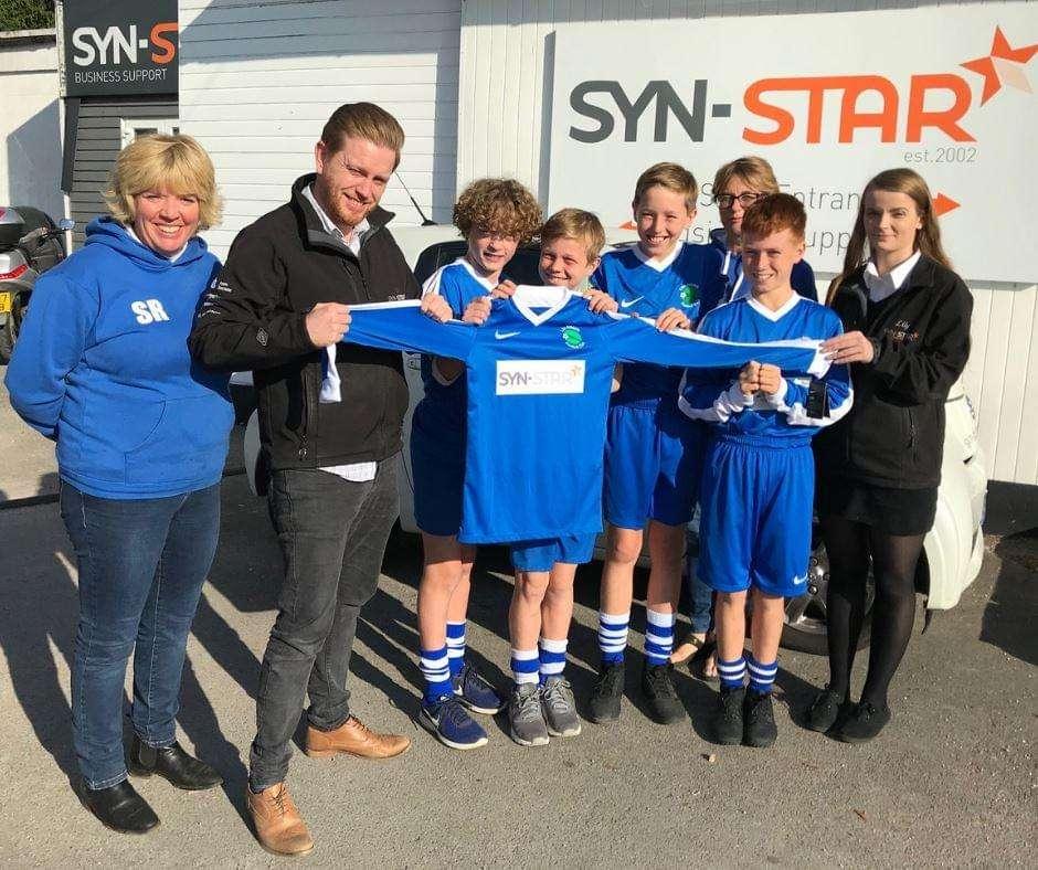 liss football team syn-star sponsors